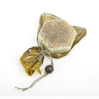 Твердое массажное масло с ромашкой зейтун (Зейтун)