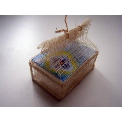 Кристалл (плавл. брусок) в подарочной шкатулке, плетеной  из пальмы рапия tawas crystal