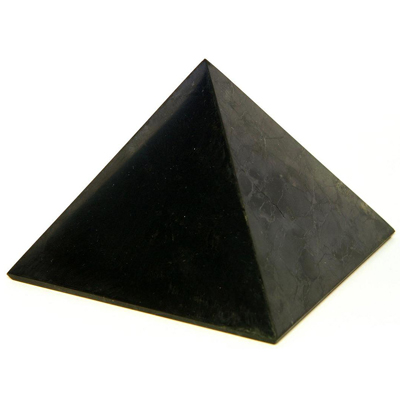 Пирамида из шунгита полированная 4 см шунгит