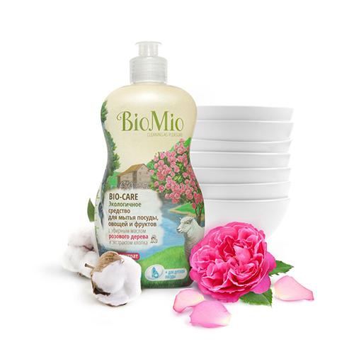 Средство для мытья посуды, овощей и фруктов с эфирным маслом розового дерева, экстрактом хлопка и ионами серебра bio mio